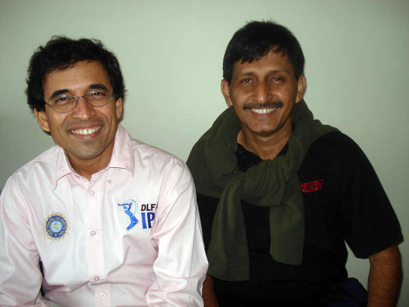 Dr Khanna with Harsha Bhogle, 2009